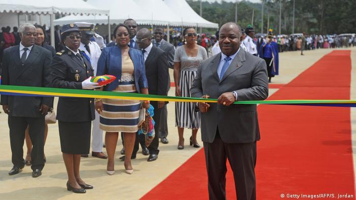 Gabun Stade d'Oyem Eröffnung Präsident Ondimba (Getty Images/AFP/S. Jordan)