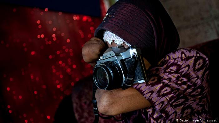 Indonesien - Fotografin Rusidah (Getty Images/U. Ifansasti)