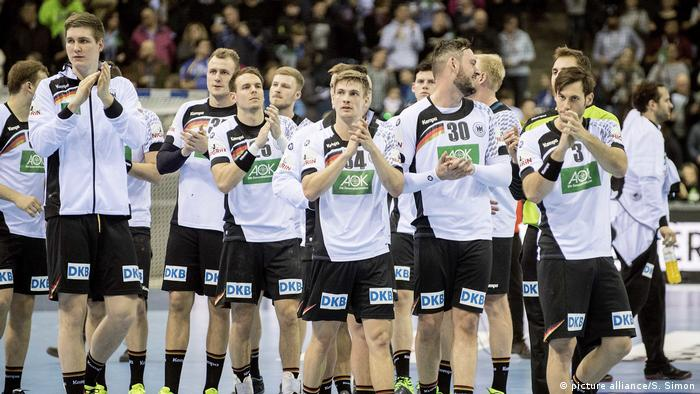 Handball Laenderspiel Deutschland - Rumaenien (picture alliance/S. Simon)