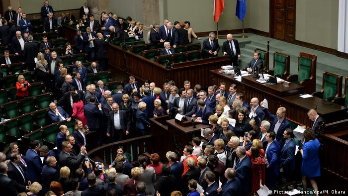 Polen Parlament (Picture-Alliance/dpa/M. Obara)