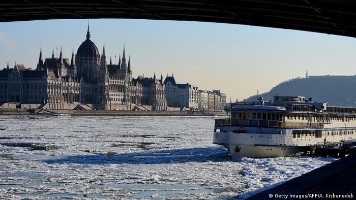 Budapest - Winter (Getty Images/AFP/A. Kisbenedek)