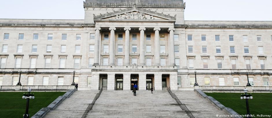 Unionistas, pró-Reino Unido, detêm a maioria parlamentar desde 1921