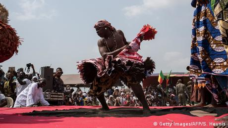 Benin Voodoo Festival in Ouidah (Getty Images/AFP/S. Heunis)