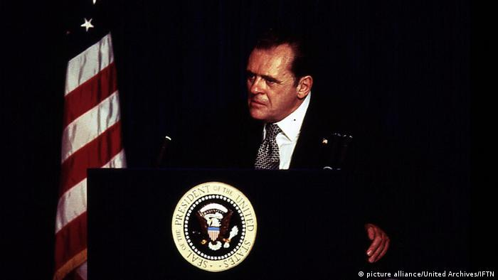 Anthony Hopkins as Nixon (picture alliance/United Archives/IFTN)
