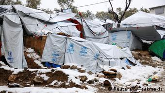 Από τον προσφυγικό καταυλισμό στη Μόρια της Λέσβου