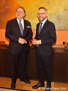 Berlin stellvertretender griechischer außenminister Giorgos Katroungalos (L) und Staatsminister im AA, Michael Roth (Auswärtiges Amt)
