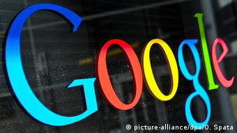 Google Logo (picture-alliance/dpa/O. Spata)