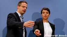 El líder del AfD de Renania del Norte-Westfalia, Marcus Pretzell (izq.), y la líder de la AfD alemana Frauke Petry (der.)