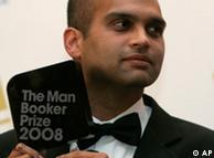 سن 2008 کا بُکر پرائز لينے والے بھارتی مصنف اروند اڈيگا