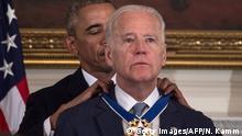 USA Obama ehrt Joe Biden mit der Freiheitsmedaille