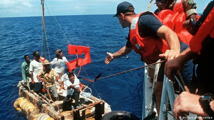 Kubanische Bootsflüchtlinge werden von der US-Küstenwacht gerettet