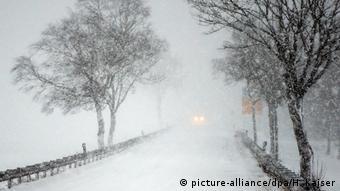 Deutschland Schnee in der Eifel
