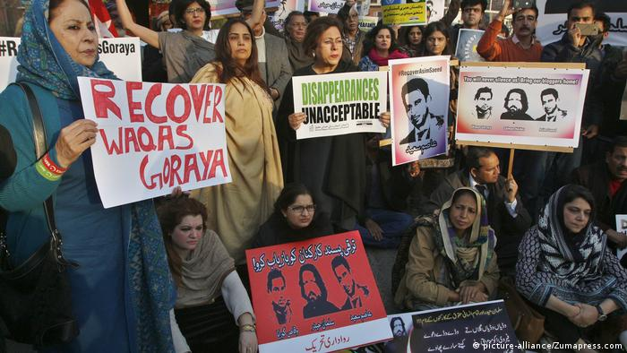 Pakistan Demo vermisste Blogger (picture-alliance/Zumapress.com)