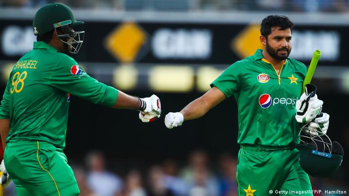 Cricket Pakistan - Australien in Brisbane (Getty Images/AFP/P. Hamilton)