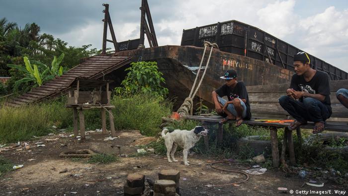 Indonesien Kohleabbau in der Stadt Samarinda (Getty Images/E. Wray)
