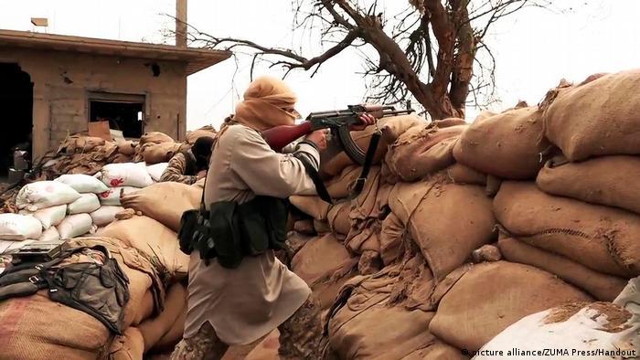 Syrien IS Offensive auf Deir el-Zour ARCHIV (picture alliance/ZUMA Press/Handout)