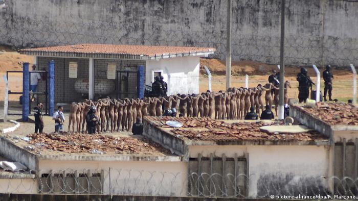 Aufruhr in Gefängnis in Brasilien (picture-alliance/dpa/F. Marcone)
