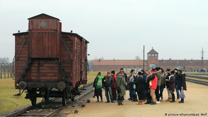 Besuch Im Museum Auschwitz Birkenau Dw Reise Dw 26012018