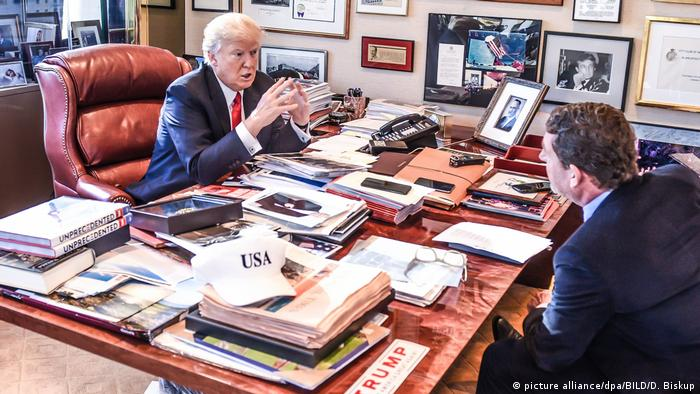 Donald Trump im Interview mit Kai Diekmann (picture-alliance/D. Biskup/BILD/dpa)