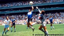 Fußball WM 1986 Viertelfinale in Mexiko - Argentinien Diego Maradona