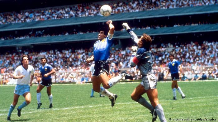 Fußball WM 1986 Viertelfinale in Mexiko - Argentinien Diego Maradona (pictures-alliance/dpa/empics)