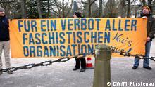 Deutschland Karlsruhe Bundesverfassungsgericht zu NPD-Verbot - Protest