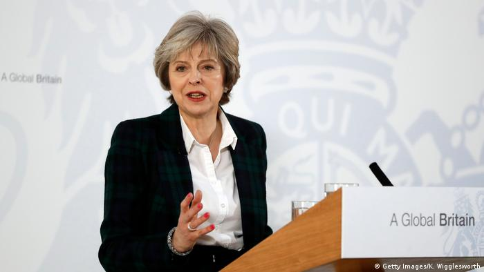 London Premierministerin Theresa May bei Rede zu Brexit (Getty Images/K. Wigglesworth)