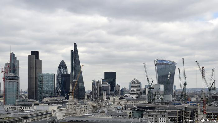 Großbritannien London Finanzdistrikt (picture alliance/dpa/H. Mckay)