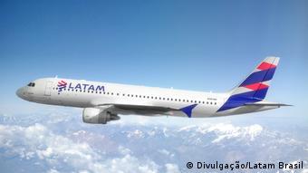 Foto de avión de LATAM