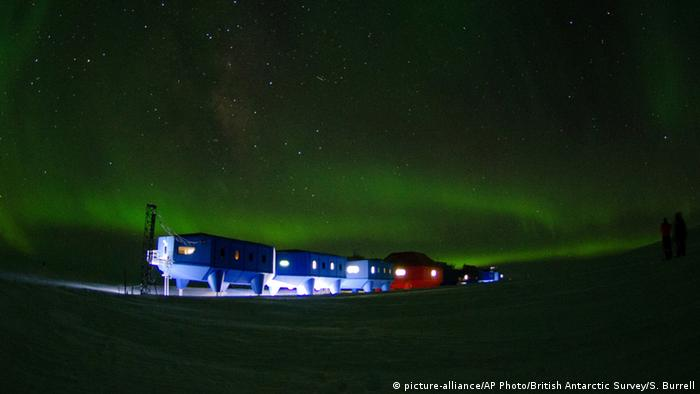 Antarktis Britische Antarktis-Forschungsstation (picture-alliance/AP Photo/British Antarctic Survey/S. Burrell)