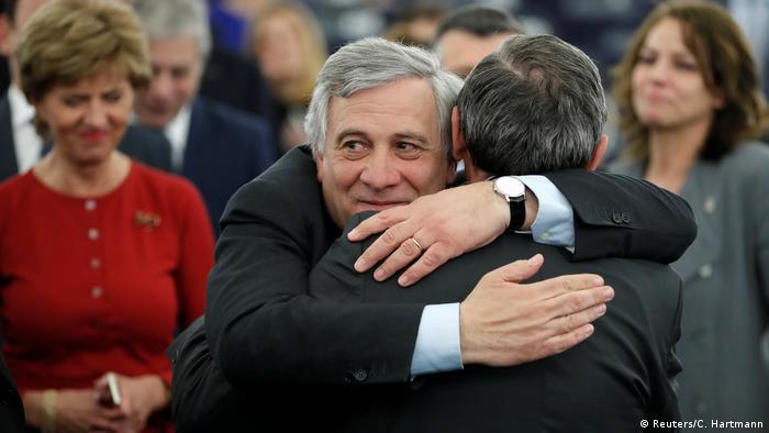 Frankreich Antonio Tajani im EU-Parlament in Straßburg