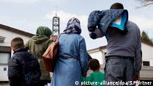 A family of Syrian refugees in Lower Saxony (picture-alliance/dpa/S.Pförtner)