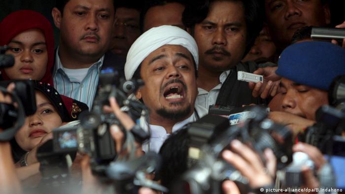 perhimpunan intelektual muslim indonesia dating