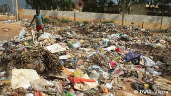 Cidade do Lubango entregue ao lixo