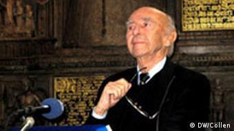 Karl Dedecius przedstawia swoją nową antologię polskiej poezji (3.10.2008) w Darmstadt