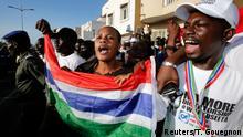 Senegal Unterstützer des gambischen neugewählten Präsident Adama Barrow in Dakar
