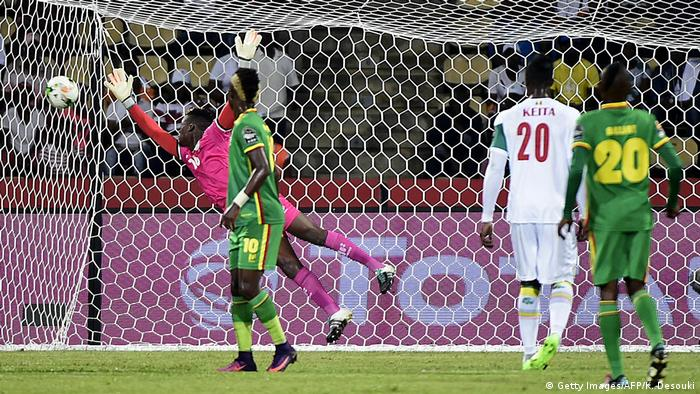 Fußball Afrika Cup Senegal vs. Simbabwe (Getty Images/AFP/K. Desouki)