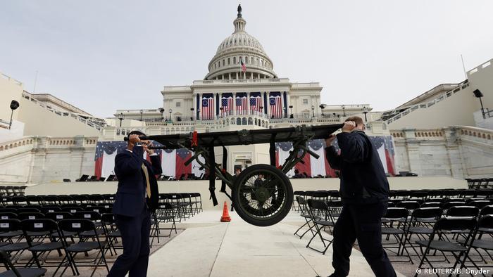 USA | Vorbereitungen für Trumps Inauguration in Washington (REUTERS/B. Snyder)