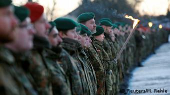 Deutschland   Panzertruppe der Bundeswehr bricht nach Litauen auf