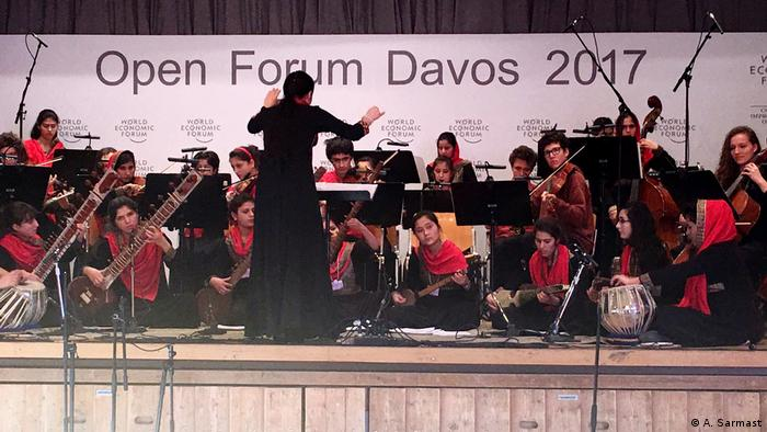Schweiz Davos - Ahmad Sarmas mit Orchester (A. Sarmast)