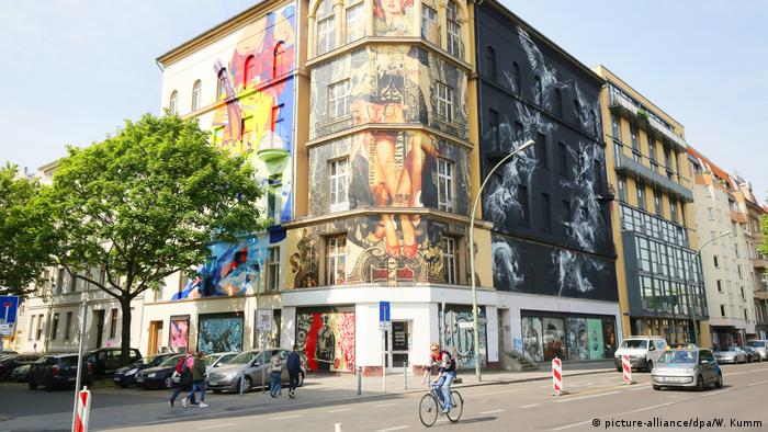Berlin Gebäude für geplantes Street-Art-Museum (picture-alliance/dpa/W. Kumm)