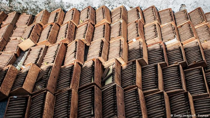 Indonesien Zigarrenproduktion Trocknung (Getty Images/P. Sayoga)
