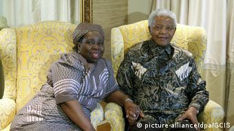 Neue AU-Kommissionschefin Nkosazana Dlamini-Zuma mit Mandela