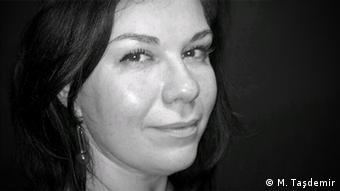 Ebru Taşdemir Journalistin (M. Taşdemir)