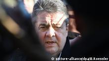 Siegmar Gabriel ENF Tagung Protest Koblenz