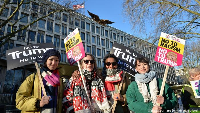 Women's March in London England (picture-alliance/empics/J. Stillwell)