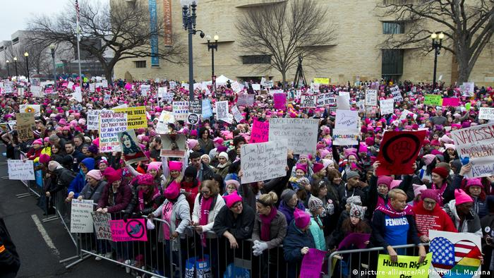 Women's March in Washington USA (picture-alliance/AP Photo/J. L. Magana)