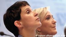Frauke Petry alături de Marine le Pen