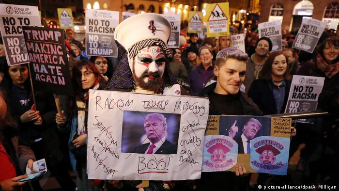 Proteste gegen Trump - Edinburgh (picture-alliance/dpa/A. Milligan)