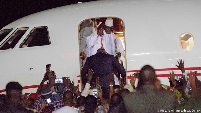 Ex-president Jammeh leaving Gambia by plane